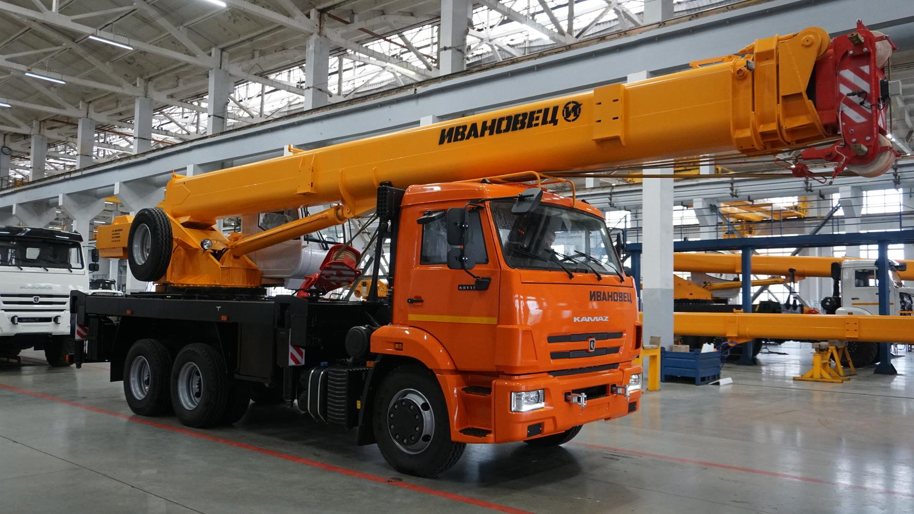 Ивановец КС-45717К-1Р на шасси КамАЗ 65115