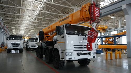 Автокран Ивановец КС-65740-7 на КАМАЗ-63501 8х8, 40 т, 30 м