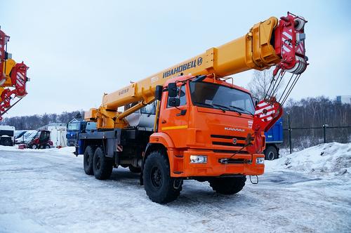 Ивановец КС-45717К-3Р, 25 тонн, 6х6